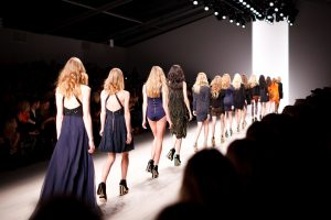 תצוגת אופנה