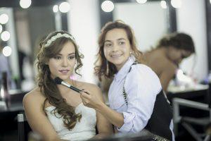 טיפים חשובים לבחירת מאפרת לחינה ולחתונה
